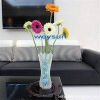 Wholesale Unique Reusable Flower Vases Unbreakable ECO Friendly oldable Flower Vases Plastic Material Nice Outlook Hot Sale