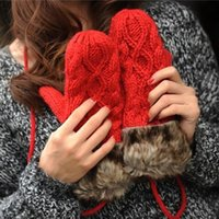 Wholesale The fall winter new hair mouth Hemp flowers package Finger Gloves Ladies Fashion lanyard gloves knitting gloves