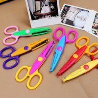 Wholesale look Hot Sell of Korea lovely easy to work creative Stationery Scissors for DIY Photos Album Tools