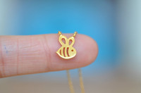 Wholesale 10pcs Cute Honey Bee Bumble Bee Necklace Queen Bee Insect Pendant Flying Bumblebee Beehive Necklace N117