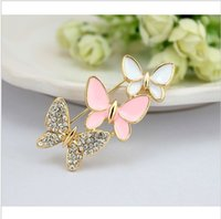Wholesale F07525 Shining Alloy Rhinestone Butterfly Echoes Costume Crown Brooch Decorative Brooch Pin for Woman Girl