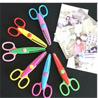 Wholesale Kids Scissors Safety Scissors Kids Scissors Hot Children Diy Photo Album Series for Safety Scissors New Baby DIY Manual Lace Scissors