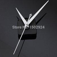 Precio de Relojes de cuarzo piezas-2015 Nuevo blanco triángulo manos de bricolaje de cuarzo negro reloj de pared Mecanismo de Reparación Parte de Reparación