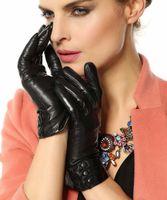 Wholesale Bestselling Women s Winter Warm Nappa Leather Gloves Plush cashmere Lining size