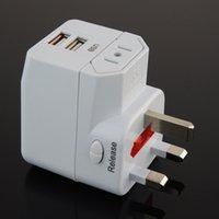 Wholesale Global travel abroad conversion socket universal plug multifunctional converter dual USB power converter plug