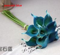 al por mayor piezas centrales de pavo real-Real toque los 38cm Azul de pavo real del lirio de las calas de la PU Flor artificial egipcia elegante del lirio de cala para las decoraciones nupciales de los centerpieces de la boda