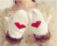 Wholesale Sweety Style Women s Winter Mittens Warm Thick Knitted Revet Gloves Patchwork Heart Pattern Gloves Sweety Style White Black Drop Shipping