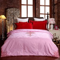 Wholesale Satin Jacquard Fabric Stuffed with Silk Comforter Pink Embroidery Red Flower Soft Touch Good Sleeping Quality for Summer