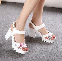 Wholesale European Flower Print Women s Sandals New Fashion Square Heels Platform Shoes Women PU Peep Toe Ladies High Heels Sandalias