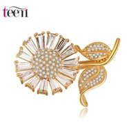 big pectorals - Teemi New Design Fashion Big Sun Flower Adorn Article Romantic Clovers Personality Lady Pectoral Brooches for Women