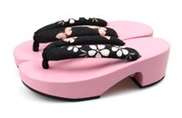 geta - Crescent Moon Shape Pink Sole Women Cosplay Sandals Geta Japanese Flip Flops Anti Slip Summer Slippers