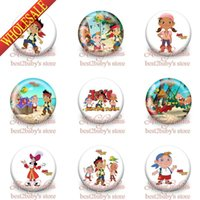 accessories steel logo - 90pcs Jake and the Never Land Pirates Brooch Badges Cartoon Logo Tin Buttons Pins Badges CM party gifts kids Collection bags accessories