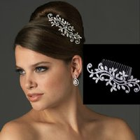 Wholesale Fancy Wedding Bridal Hair Comb Jewelry Flower Crystal Tiaras Hair Accessories Sparkly Bride Hair Combs In Stock Ready to Ship