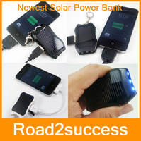 Wholesale 1200mAH Solar Keychain Solar Charger Mobile Power Supply Energy Saving Charger Battery Pack Power Bank For Cellphone Fedex shipping