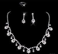 beautiful jewelry - 2016 Cheap Beautiful New Arrival White Rhinestone Crystal Flower Earring Necklace Set Bridal Party Wear