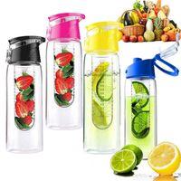 Wholesale New Tritan Plastic Sports Water Bottle with fruit infuser BPA free juice cup juice bottle fruit bottle