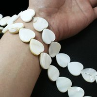 Wholesale Hot Fashion Approx mm Natural freshwater Shell Heart Shape Beads White for Jewelry DIY Necklace DH BTA053 WH