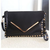Wholesale 5 colors Hot new women s day clutches vintage rivet envelope bags fashion handbags bbaa