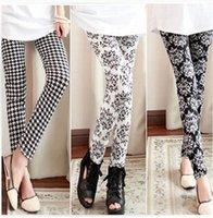 Wholesale Hot plaid fashion mid summer warm ankle length trousers legging houndstooth female plus size thin pencil pants Ya0149