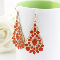 Wholesale New Hot Selling Fashion Jewelry New Coming Costums Enamel Flower Gold Color Alloy Drop Wedding Earrings for Women