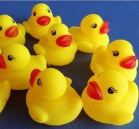 Cheap 20pcs lot Wholesale Mini Bath Duck Sound Floating Rubber Ducks Squeeze-sounding Dabbling Toy Rubber Duck Classic Toys