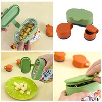 Wholesale Hot Worldwide Reusable Silicone helthy Food Fresh Keep Seal Cup Magic Caps Mug Home Kitchen New