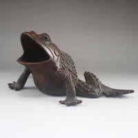Wholesale Chinese Exquisite Chinese Bronze Statue Frog Ashtray