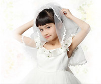 Wholesale Lovely Wedding White Flower Girl Veils Tulle Appliques Edge T With Crystal Crown Comb Formal Kids HeadPieces Girl