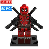 wade - Red Deadpool Wade Wilson with Swords SUPER HEROES THE AVENGERS Assemble Minifigures Model DIY Building Blocks Kids Toy Gift