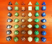 Wholesale Dungeons and Dragons Game MM D4 D6 D8 D10 D12 D20 Crystal Dice for Game D D dice set with bag one set