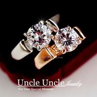 achat en gros de zircone anneau blanc-Design de marque !! White Gold Color 4 Prong Sparkly 7mm Zirconia Inlaid Lady Finger Ring (Or / Argent) Vente en gros
