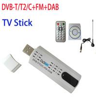 al por mayor dvb-c receiver-Satélite DVB T2 stick USB sintonizador de TV digital con receptor de antena remota HD TV para DVB-T2 / DVB-C / FM / DAB, venta al por mayor envío gratuito