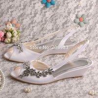 Cheap Custom Handmade White Sandals Wedding Low Wedge Heel 3.5CM Dropshipping