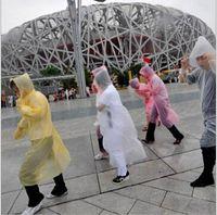 Wholesale One time Raincoat Fashion Hot Disposable PE Raincoats Poncho Rainwear Travel Rain Coat Rain Wear AAAAAAA