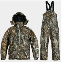 Wholesale REMINGTON meadow bionic camouflage uniforms men s winter fishing hunting waterproof breathable camouflage jacket pants suits
