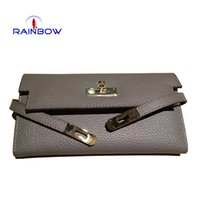 Wholesale New Fashion Genuine Leather Women Wallets Litchi Grain Lock Hasp Purses Belt Designer Day Clutch Carteira Ladys Card Holder Bags