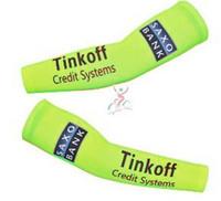 Wholesale tinkoff saxo bank cycling arm warmers maillot ciclismo Bike manguito especial bank cycling sports arm sleeves