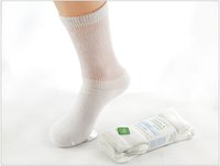 Wholesale Doctor s Choice Diabetic Socks Non Binding Seamless Toe Crew Socks for Sensitive Edema Feet