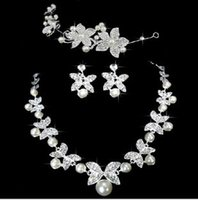 Wholesale In Stock Pearl Bridal Jewelry Accessories Necklace earrings and Tiaras Sets Under Factory Sale