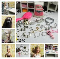 Wholesale doll accessories Bags Glasses Belts Crowns Necklace Combs Shoes hairpin Earrings Bracelet for barbie doll