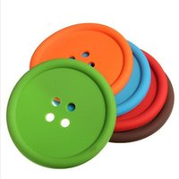 Wholesale Creative Household Supplies Round Silicone Coasters Cute Button Coasters Cup Mat Random Color simple style