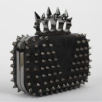 Wholesale Luxury Popular Black Skull Women Clutch purse Finger Ring Designer Rivet Evening Bag With shoulder Chain bolsas femininas