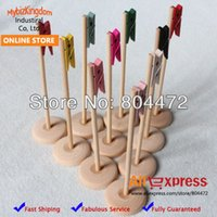 Wholesale Mix Color Multi function Place Holder Stand Creative Wood Table Number clothespins on the stands For Wedding Party Decorations