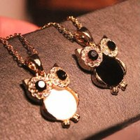 Wholesale Hot Korean Colors Fashion Simple Cute Natural Shell Rhinestone Owl Pendant Necklace For Women Statement Jewelry