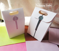 Wholesale Retail White Paper Gift Craft Box with Handle Candy Bakery Cookies Packaging Boxes