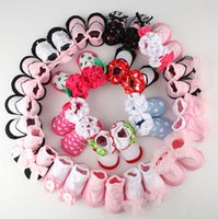 Wholesale Newest Baby non slip floor socks newborn toddler girl boy cotton shoes socks kids Princess lace bud stockings designs Boutique xmas gift