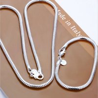 Wholesale Hot Selling European and American Popular Sterling Silver Charms Bracelets Necklaces Sets High Quality Snake Chain Jewelry Sets For Men