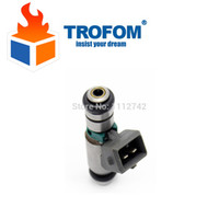 Wholesale High quality fuel injector for RENAULT CLIO LAGUNA MEGANE Scenic PEUGETO iwp143