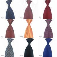 Nouvelle arrivée En stock Cravates pour hommes 100% soie cravate Accessoires de mode formelle Hommes Tie Mix Style de livraison gratuite 77121-77130