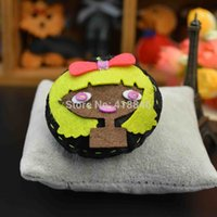 Wholesale Non woven cute cartoon girl exquisite brooch handmade clothing and jewelry accessories pins